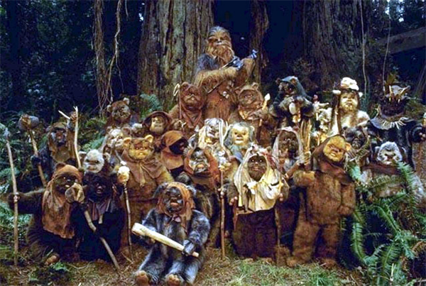 return_of_the_jedi_chewbacca_and_the_ewoks.png